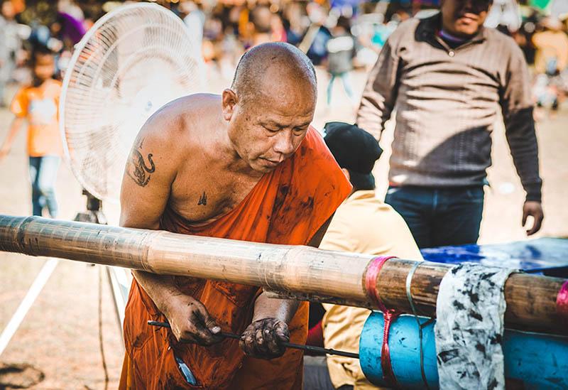 Fêtes des fusées Boun Bang Fai au Laos