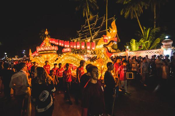 Fête des lumières à Luang Prabang